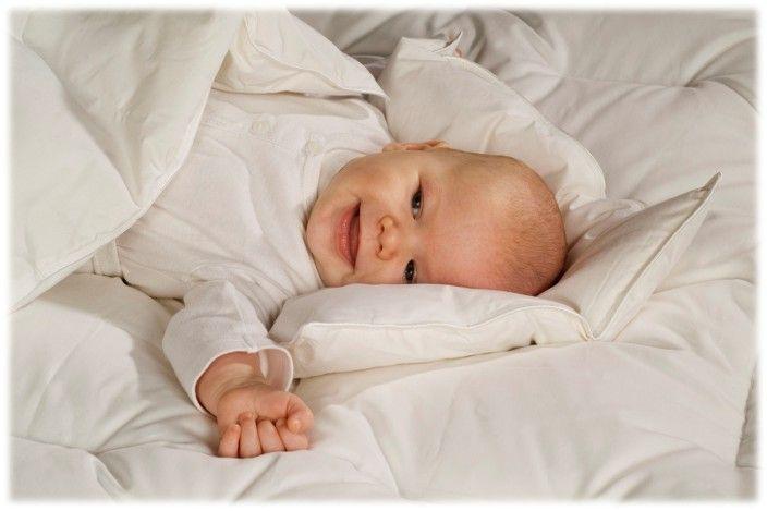Крепкий сон малыша на пуховых подушках от grem.lviv.ua