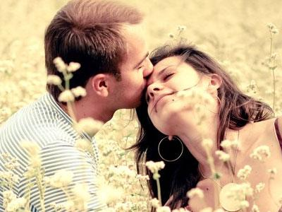 Как улучшить интимную жизнь в браке