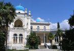Что посмотреть в Крыму – Дворец Эмира Бухарского