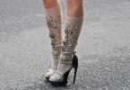 Пеппи длинный носок: туфли и гольфы – новый тренд весны