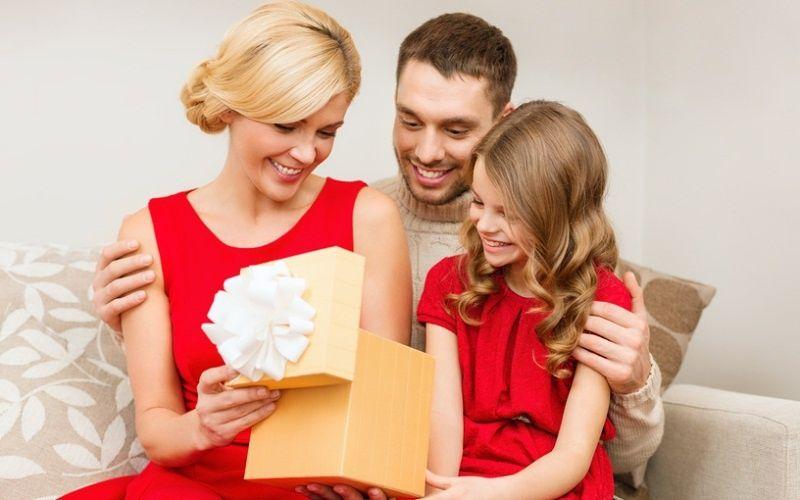 Подарок для дочери своими руками