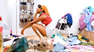 woman_in_messy_room1