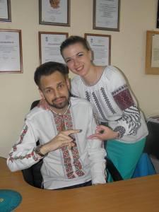 cpivrobitniki_kompaniyi_pravnichiy_dim_kopirayt_u_vishivankah_oleshchuk