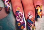 Преимущества применения гелевых красок для ногтей