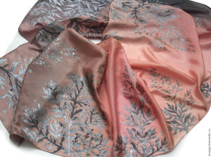 Шелковые шарфы из батика