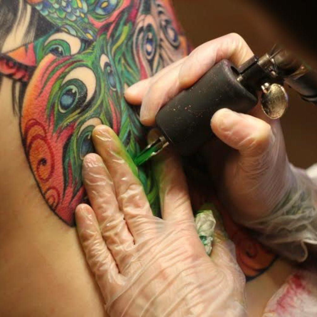 Как сделать искусственные татуировки