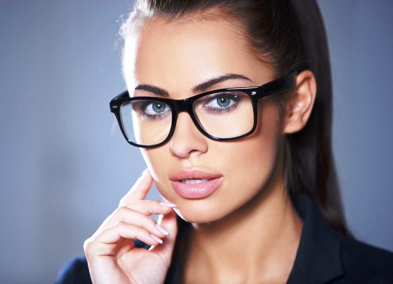 Оправы для женских очков