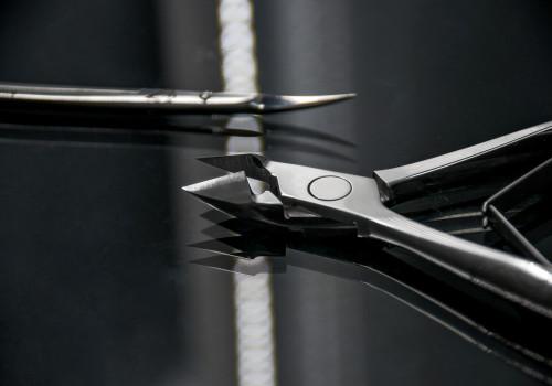 кусачки для ногтей или ножницы для ногтей стелекс