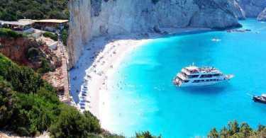 Отдых в Греции – лучшие исторические туры и развлечения на море